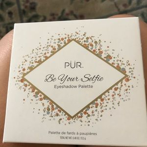 Pur Be Your Selfie palette/ makeup